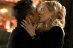 bacio-tra-Enrique-Murciano-e-Kate-Winslet-e1461245409969
