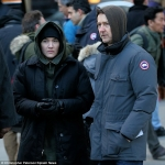 kate-winslet-edward-norton-collateral-beauty-set-5
