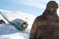 KATE WINSLET - IDRIS ELBA - THE MOUNTAIN BETWEEN US - IL DOMANI TRA DI NOI - FOTO 2