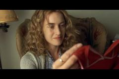 kate-winslet-film-little-children-36