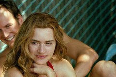 kate-winslet-film-little-children-64