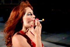 Kate-Winslet-Film-Romance-Cigarettes-Set-14