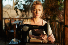 kate-winslet-the-dressmaker-portrait-2