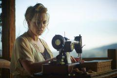 kate-winslet-the-dressmaker-77