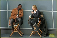 kate winslet e idris elba set mountain between us 6